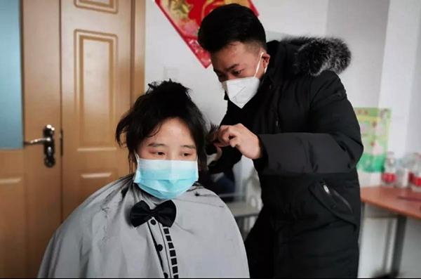 逆行而上战疫情 阳曲县人民医院首位援鄂护士出征